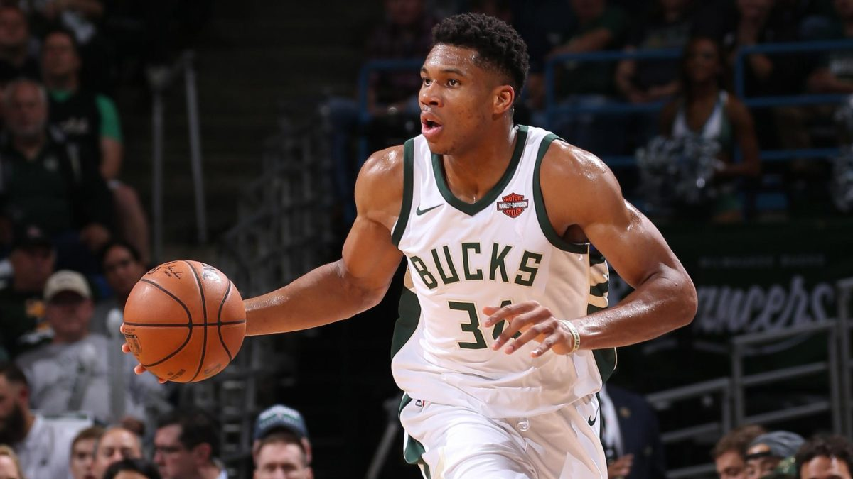 Giannis Antetokounmpo leads LeBron James in NBA All-Star ...