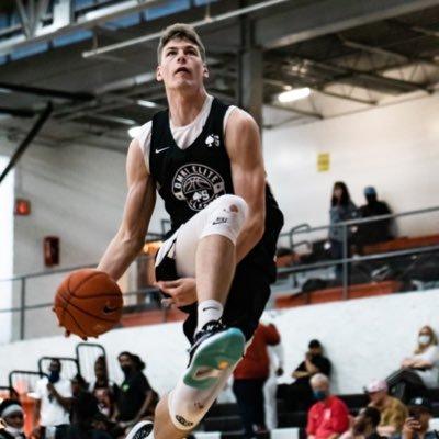 Kentucky offers four-star center Kyle Filipowski
